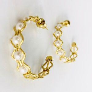 Kate Stylist Jewelry - New! Vintage Pearl Textured Hoop Earrings Gold